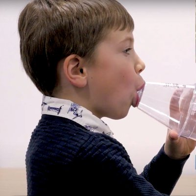 Image of child with asthma inhaler